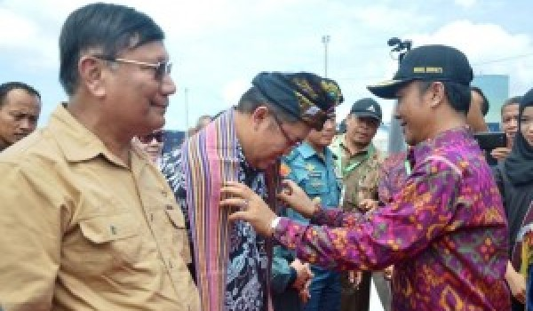 PLT Bupati Lobar Sambut Rombongan Sail Of Journalist